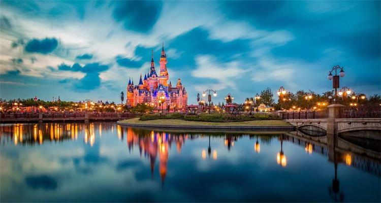 华东三市+迪士尼2天+乌镇西塘半自由行 6 日游