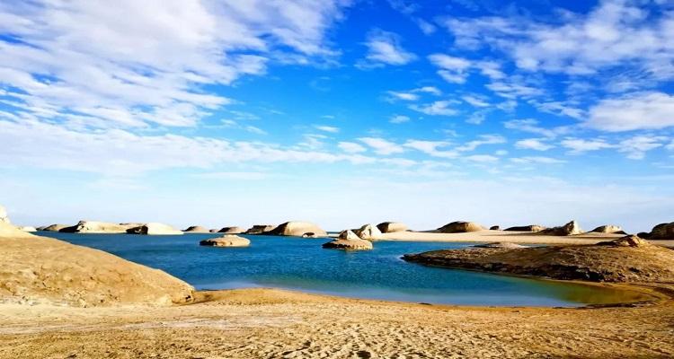 西宁-青海湖-茶卡-金银滩-卓尔山-祁连-张掖-门源大环湖 深度游 纯玩旅拍6 天 5 晚