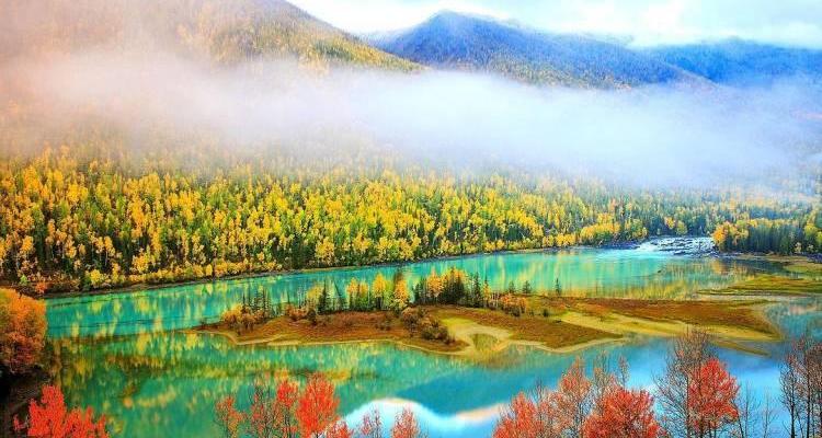 神秘喀纳斯、禾木村、胡杨林、五彩滩、乌伦古湖、火洲吐鲁番、天山天池、西域大巴扎双飞8日游