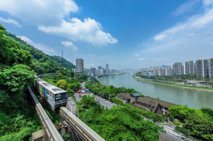 今天为你解析一直备受青睐的山城重庆-夏季的它更是异常火爆
