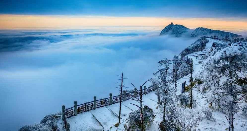 峨眉山风景图片2